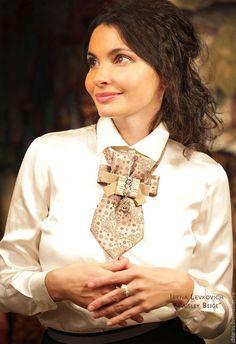 "Ties, handmade butterflies.  Fair Masters - handmade.  Buy Tie blistron handmade ""Paisley Beige"".  Handmade."