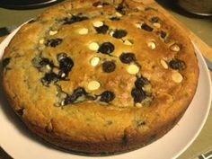 Kris' Kitchen: White choc, blueberry and coconut cake with lemon cream
