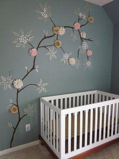 Wauw, ik vind deze boom echt onwijs gaaf! More wall stencil/nature theme.