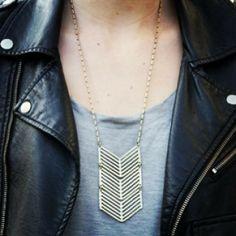 Swift Arrow Necklace