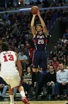 Atlanta Hawks v Chicago Bulls; kyle korver shoots over noah; 1/14/13
