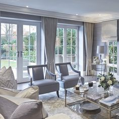 Classic contemporary living room by Sophie Paterson Interiors in soft grey neutrals Elegant Living Room, Formal Living Rooms, Home Living Room, Living Room Designs, Living Room Decor, Modern Living, Living Room Inspiration, Luxury Living, Home Interior Design