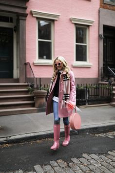 Atlantic-Pacific // pink rain, hunter boots, blush wellies, burberry scarf, everlane sweater