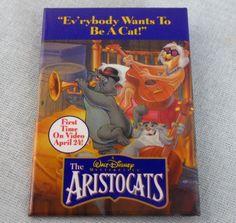 "The Aristocats Button Pin Video Store Pinback 2x3"" Promo Badge Walt Disney"