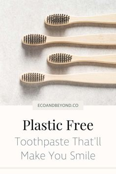 Here's your indispensable guide to plastic free toothpaste! What Is Plastic, Zero Waste Store, Tooth Powder, How To Prevent Cavities, Reusable Water Bottles, Plastic Waste, Free Tips, Metal Tins, Sustainable Living