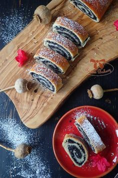 Czech Recipes, New Recipes, Baking Recipes, Ethnic Recipes, Sweet Desserts, Food Pictures, Strudel, Sweet Tooth, Bakery