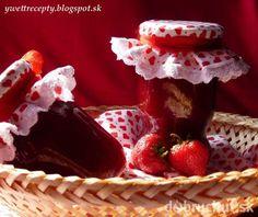 Fotorecept: Domáci jahodový džem Raspberry, Strawberry, Homemade Jelly, Jam And Jelly, Dessert Recipes, Desserts, Food Hacks, Preserves, Waffles