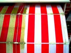 Zonnescherm schoonmaken markiezen reinigen is ONS vak Zonnescherm schoonmaken markiezen reinigen, zonwering of luifel. Groene aanslag zonnescherm schoonmaken of groene aanslag markiesdoek zo weg. Zonneschermdoek reinigen Gift Wrapping, Gifts, Cleaning, Gift Wrapping Paper, Presents, Wrapping Gifts, Favors, Gift Packaging, Gift