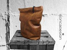 Clutch XL handbag imitation leather color cognac by DesignByIsonca, €39.50