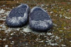 twinkle toes. cinder ash.