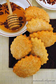 Pane, burro e alici: Biscotti farro e miele