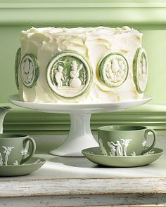 Wedgewood style cake from Martha Stewart using springerle cookie molds Beautiful Cakes, Amazing Cakes, Beautiful Desserts, Cake Cookies, Cupcake Cakes, Baking Cookies, Cake Baking, Bread Baking, Sweet Cookies