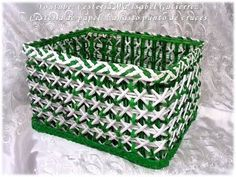 YouTube Paper Basket Diy, Diy Paper, Making Baskets, Diy And Crafts, Arts And Crafts, Newspaper Crafts, Cardboard Crafts, Paper Jewelry, Love Craft