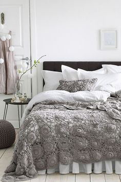 Look at Bed Skirt — Maybe my mom can make this throw blanket for me. 🙂 is creative inspiration for us. Get more photo about home decor related with by looking at photos gallery at the bottom of this page. Home Bedroom, Bedroom Decor, Bedroom Ideas, Bedroom Lighting, Design Bedroom, Modern Bedroom, Master Bedroom, Gray Bedroom, Crochet Bedspread