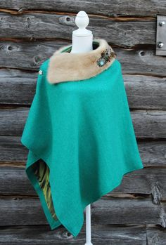 Harriet Hoot Harris Tweed & Vintage Mink Cape Irish Fashion, Xl Fashion, Petite Fashion, Harris Tweed, Kinds Of Clothes, Clothes For Women, Diy Clothes, Cape Designs, Capes & Ponchos