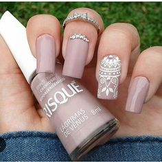 Best Pretty Nails in 2020 Gorgeous Nails, Pretty Nails, Ongles Beiges, Gucci Nails, Gothic Nails, Mandala Nails, Bridal Nail Art, Minimalist Nails, Square Nails