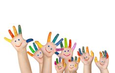 Check out this list of fine motor milestones for children birth to 5 yrs. Also for links to activities centered on fine motor. Gb Bilder, Chant, Child Day, Baby Kind, Activity Centers, Happy Thoughts, Social Skills, Activities For Kids, Holidays Events