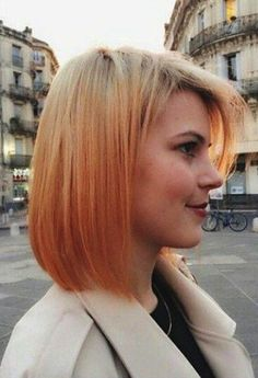 Short strawberry blonde reverse ombre fade.