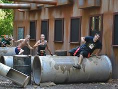 Use this cheat sheet to make sure you have all the essentials you need for your obstacle course challenge.