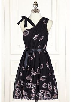 Feliciana Dress by Leifsdottir: so feminine and the feather print is amazing.