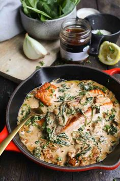 Zalm in citroen-roomsaus - Beaufood Clean Recipes, Cooking Recipes, Healthy Recipes, A Food, Good Food, Food And Drink, Belgian Food, Salmon Dishes, Wok