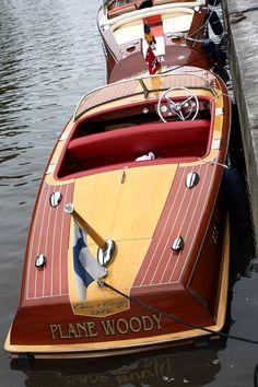 Classic Wooden Boat - Plane Woody - Mahogany Yachting Society...LLA❤