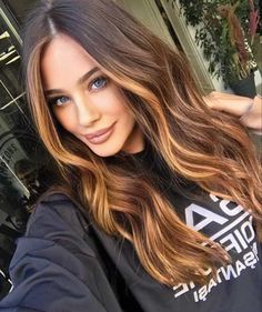 Cabelo Inspo, Which Hair Colour, Try On Hair Color, Curly Hair Styles, Natural Hair Styles, Natural Hair Colour, Balayage Hair, Brown Hair Natural Balayage, Ombre On Dark Hair