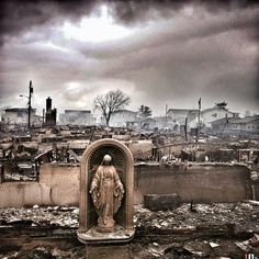 1 | 14 Stunning iPhone Photos Taken During Hurricane Sandy | Co.Design: business + innovation + design