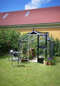 Juliana Compact Greenhouse - luxury for smaller gardens