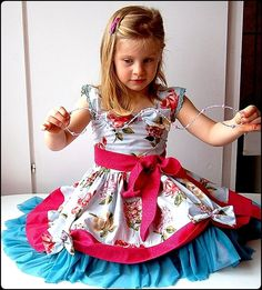 BELLA twirl dress - pdf tutorial - ebook