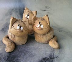 Cats For Adoption Ceramic Animals, Clay Animals, Ceramic Clay, Ceramic Pottery, Cat Crafts, Diy And Crafts, Cats With Big Eyes, Marionette, Ceramic Figures