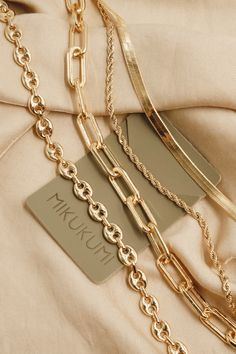 18K Gold Filled Link Chain Necklace. 100% hypoallergenic. Lead and Nickel free. Tarnish resistant.