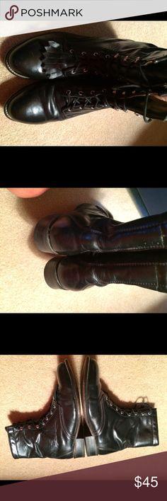 Laraedo Leather Lace Up Combat Boots sz9 Great Condition. Sz 9. Leather. Removeable Fringe Flaps. Laredo Shoes Combat & Moto Boots