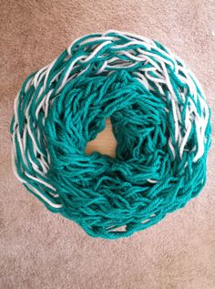 Items similar to Arm Knitted Infinity Scarf (Aqua and White) on Etsy Cool Pins, Arm Knitting, Diy Home Crafts, Easy Gifts, Fashion Lookbook, Cool Items, Beautiful Gowns, Infinity, Scarves