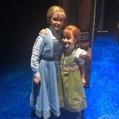 Frozen: The Broadway Musical Frozen On Broadway, Frozen Musical, Frozen Movie, Frozen Kids, Anna Frozen, Frozen Sisters, Broadway Theatre, Music Theater, Musicals Broadway