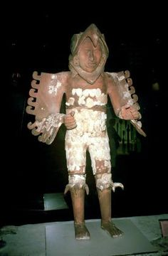 The most magnificent and perhaps surprising sculptures found, were two unique masterpieces of the potter's art, life-size images of men wearing eagle costumes which were found flanking the entrance to a series of rooms to the north of the Great Temple complex. Very few human-scale clay images are known from Prehispanic Mesoamerica: this may be due to the technical difficulties presented by the manufacture of statues of this size.