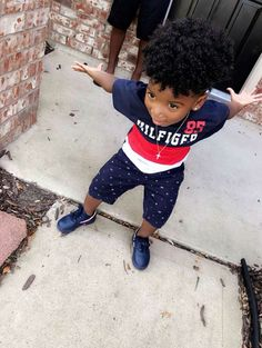 The littest pins - Black Baby Boys, Cute Black Babies, Beautiful Black Babies, Cute Little Boys, Cute Babies, Baby Kids, Toddler Boys, Toddler Chores, So Cute Baby