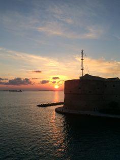 Meraviglioso tramonto sul mare di Taranto❤️