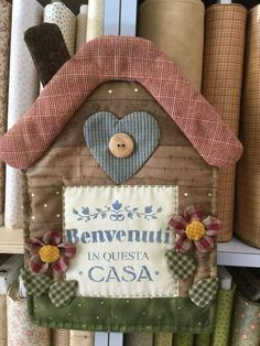 Small Quilts, Mini Quilts, Recycled House, Sewing Projects, Projects To Try, House Quilts, Applique Quilts, Embroidery Art, Fabric Art
