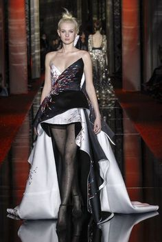Zuhair Murad Spring/Summer 2017 Couture Collection | British Vogue