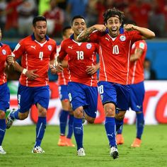 Jorge Valdivia celebrates his goal in Australia vs Chile International Sign Language, International Signs, World Cup 2014, Fifa World Cup, V Australia, World Cup Match, My Man, Chili, Football