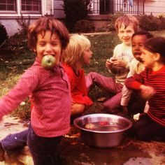 When is the last time you went bobbing for apples? #appleseason #TBT