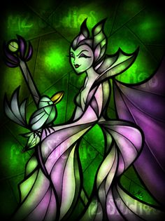 Maleficent this is the best stained glass art I have seen Arte Disney, Disney Fan Art, Disney Love, Disney Magic, Sleeping Beauty Maleficent, Disney Sleeping Beauty, Maleficent Art, Disney Stained Glass, Stained Glass Art