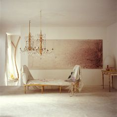large wall decor- wow is that a stunning painting!