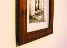 D.I.Y: Costruire una semplice cornice - Davide Ligorio - Restauro ligneo, progetti fai da te, materiali e ispirazioni illustrati da una testa di legno.