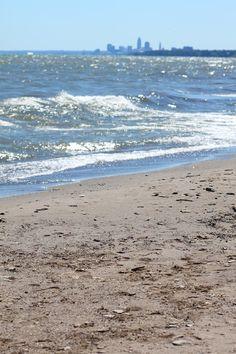 Cleveland, Ohio | Lake Erie Beach | Burm Voyage