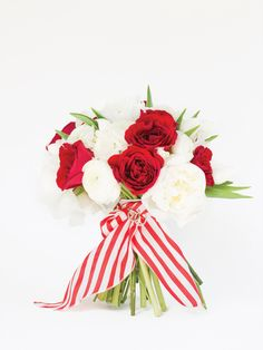 red, white, and striped bouquet | Patricia Lyons + Janie Medley #wedding