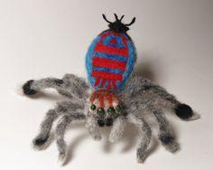 Gefilzte Sparklemuffin Pfau SPIDER eine von FrivolousForest auf Etsy