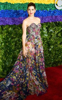 Marisa Tomei from Tony Awards Red Carpet Fashion The actress sports a floral look. Christian Siriano, Christian Dior, Lily Aldridge, Alexa Chung, Elie Saab, Marisa Tomei Hot, Marissa Tomei, Christopher Jackson, Ralph & Russo