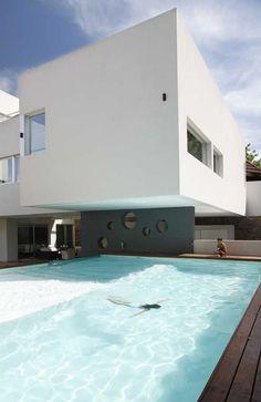pool / modern home